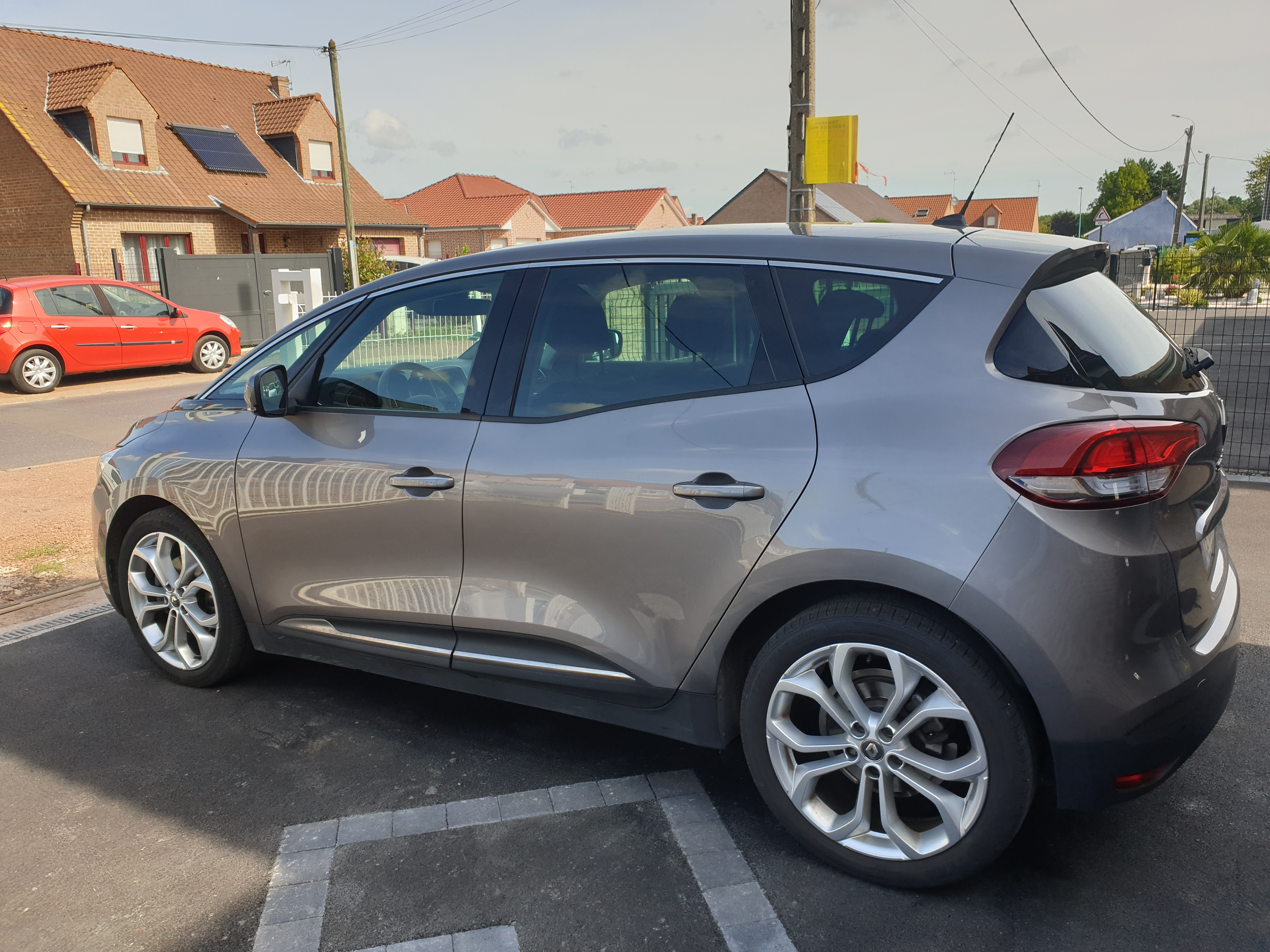 Renault scenic BUSINESS ENERGY DCI110