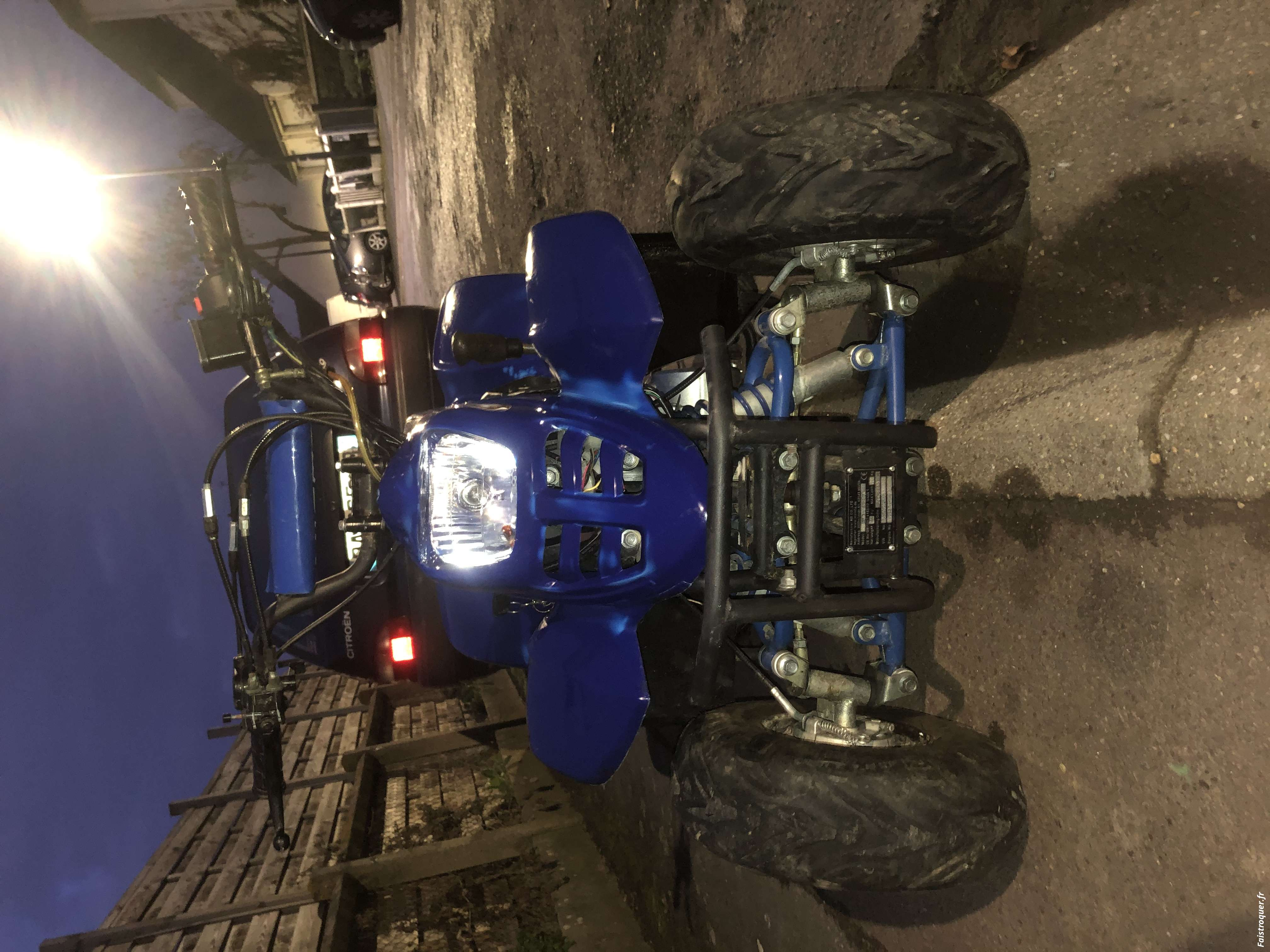 Quad 125 cc 2 eme main