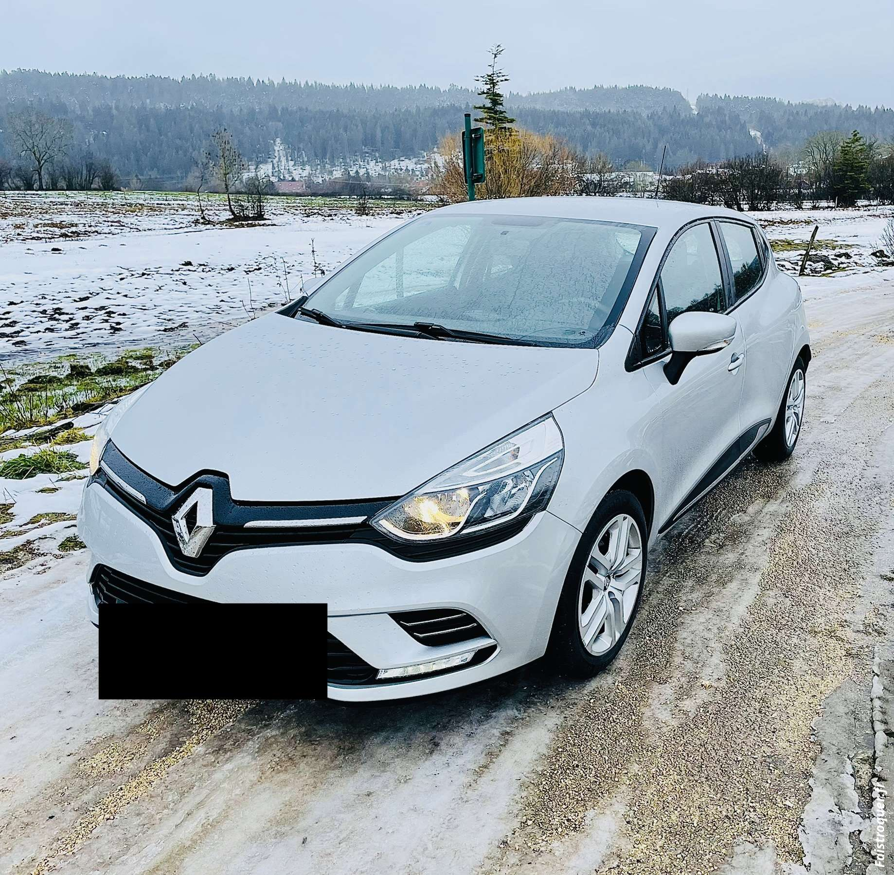 Clio tce 90cv, 14800km neuve garantie renault