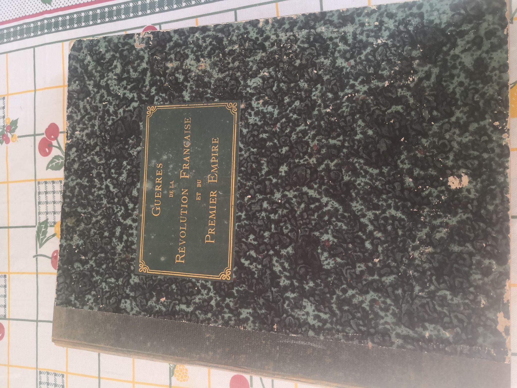 livre de collection GUERRES DE LA REVOLUTION FRANC