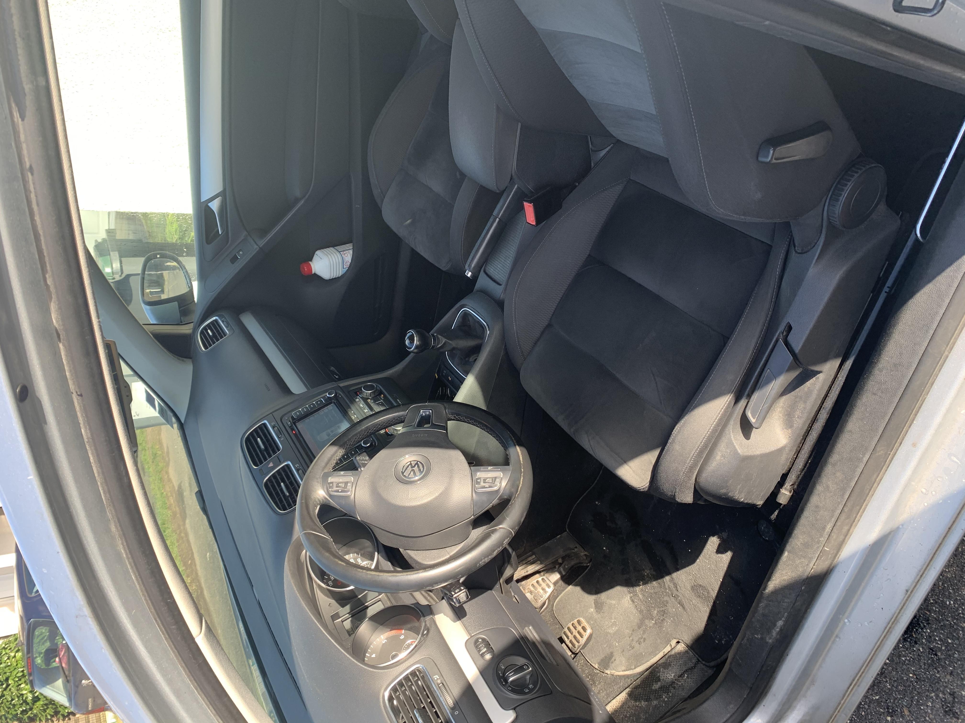 Golf VI CARAT 140cv