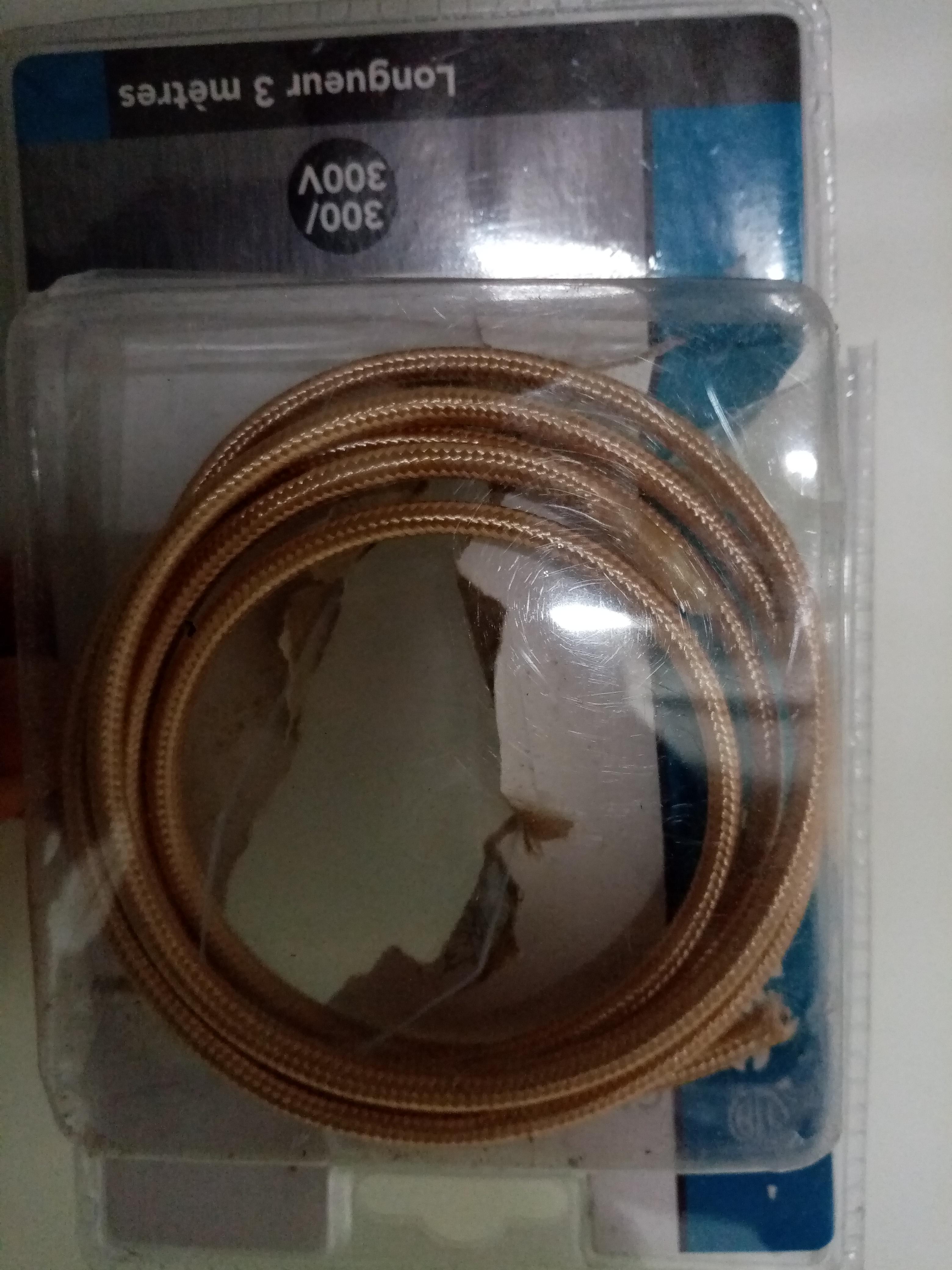 Cable doré