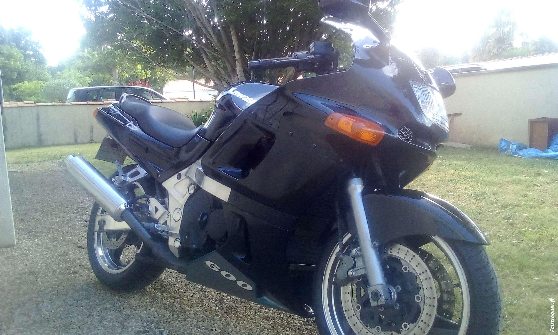 600 ZZr Kawasaki