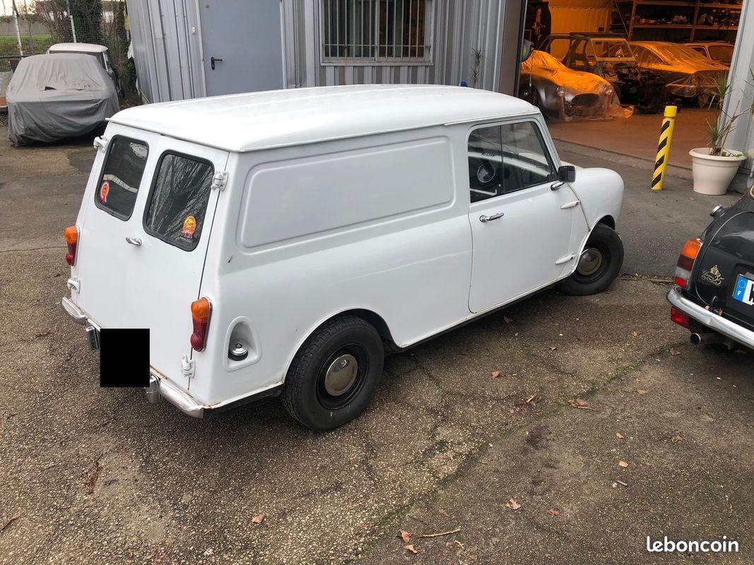Mini Van 1975